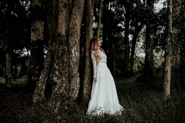 lush-bohemian-australian-wedding-at-maleny-retreat-26-600x399