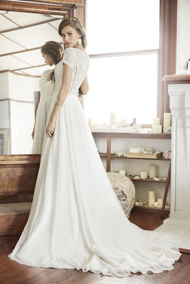 ti-adora-bridal-spring-2017-style-7700_3